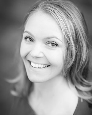 Amy Reitsma Headshot