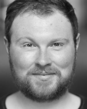 Marc Mackinnon Headshot