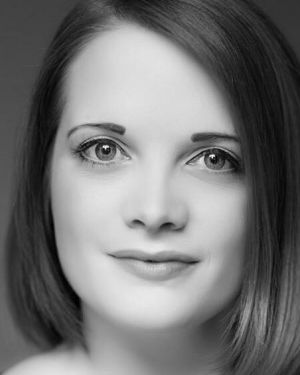 Sophie Wardlow Headshot