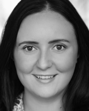 Philippa Cole Headshot
